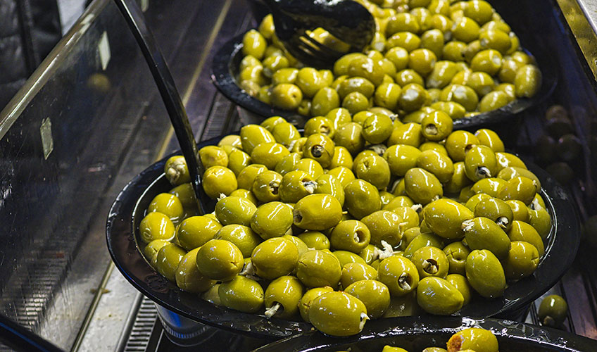 olives-condiments-halles-nimes-gard-30